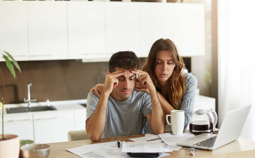 Pourquoi êtes-vous sujets à un stress financier ?